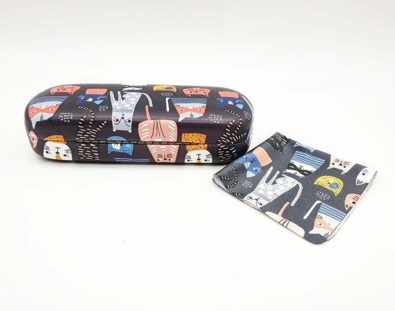cat hard glasses case back view