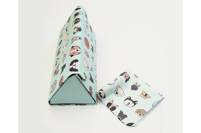 dog folding glasses case side view
